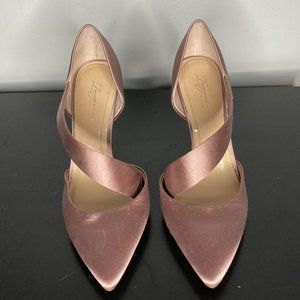 BEAUTIFUL Pink Satin Vince Camuto Heels Size 9
